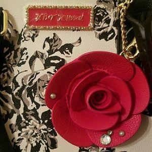 @mattiepants 2 item bj bow pearl rose print wallet